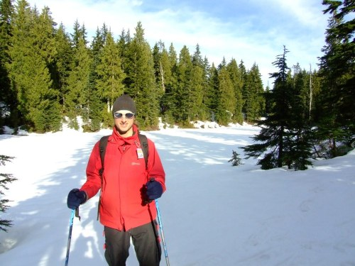 D_snowshoeing_2_resize