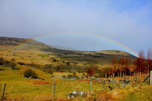 Carnedd_llewelyn_rainbow